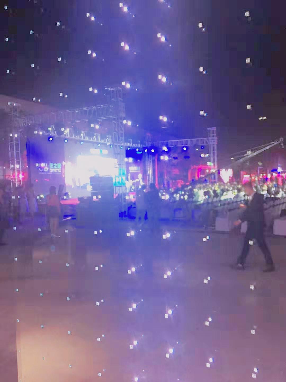 LED玻璃显示