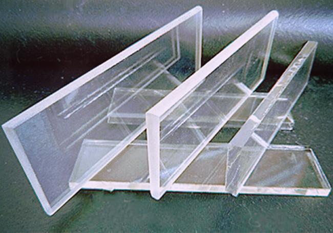高硼硅玻璃镜片